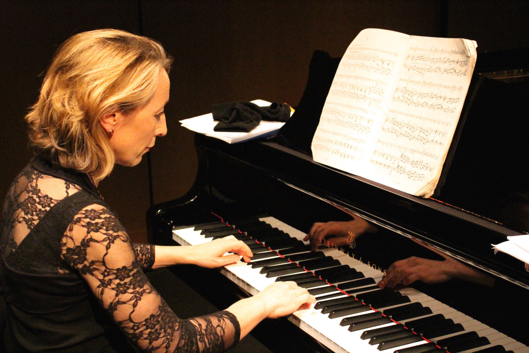 Leeds Lunchtime Chamber Music: Julian Sperry & Alison Rhind