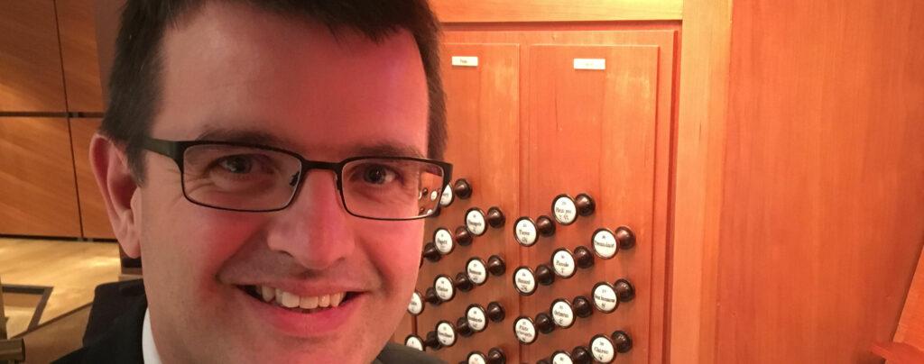 Paul Carr | Leeds Lunchtime Organ Music